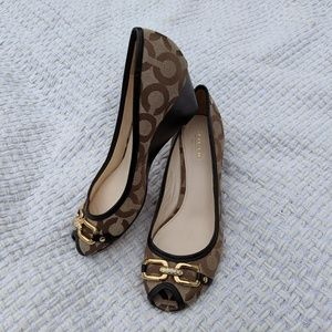 Coach Shelby Op Art Wedge Leather Trim Pump / 7.5B